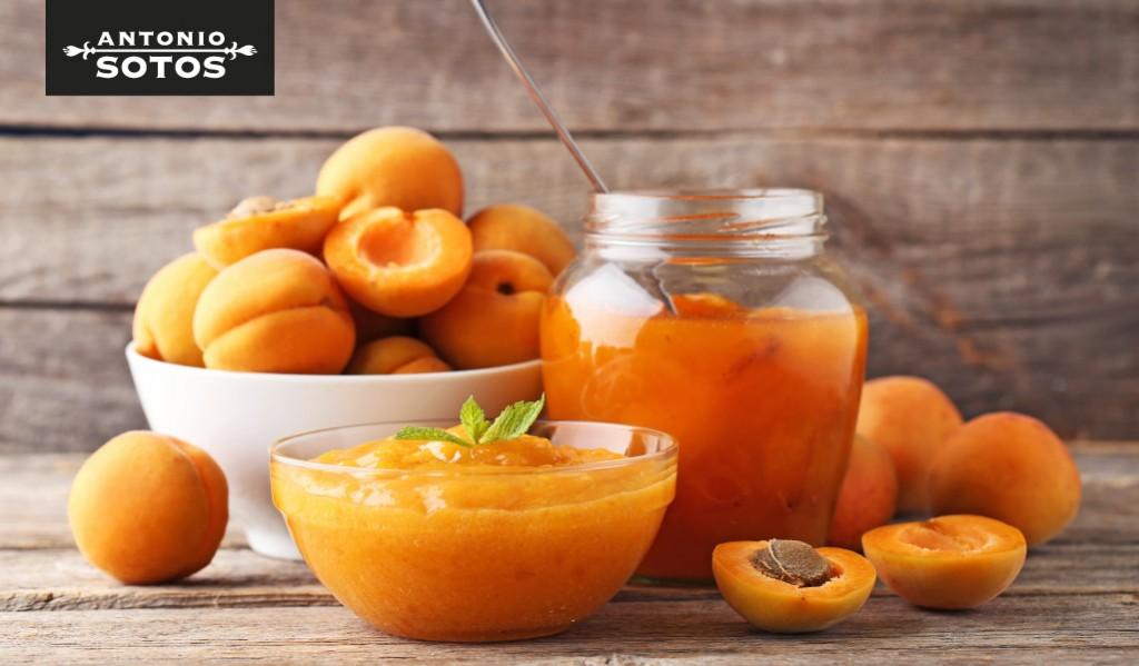 Apricot saffron jam