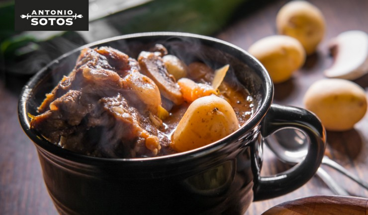 Saffron enriched oxtail stew