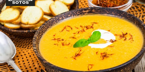 Sweet potato and saffron cream soup with cassava crisps