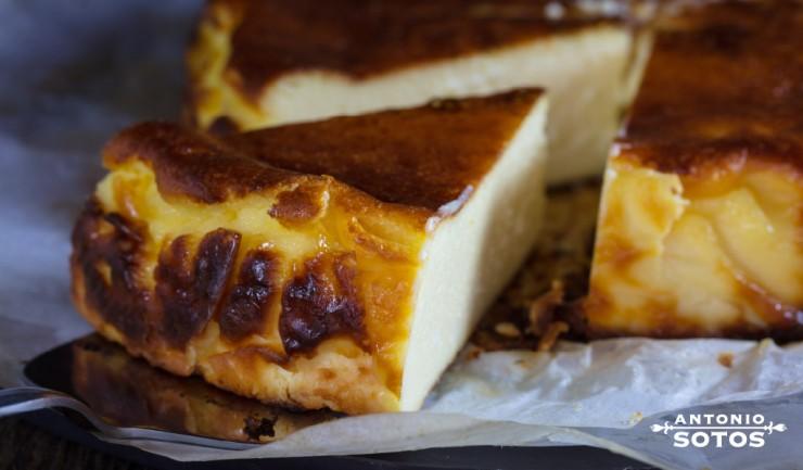 Tarta de queso manchego al azafrán